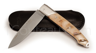 The Bitord pocket knife by David Ponsont - Crust Ram horn handle
