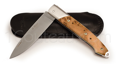 The Bitord pocket knife by David Ponsont - Juniper wood handle