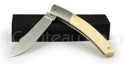 Le Thiers pocket knife by Pierre Cognet - stainless steel bolster and Camel Bone handle